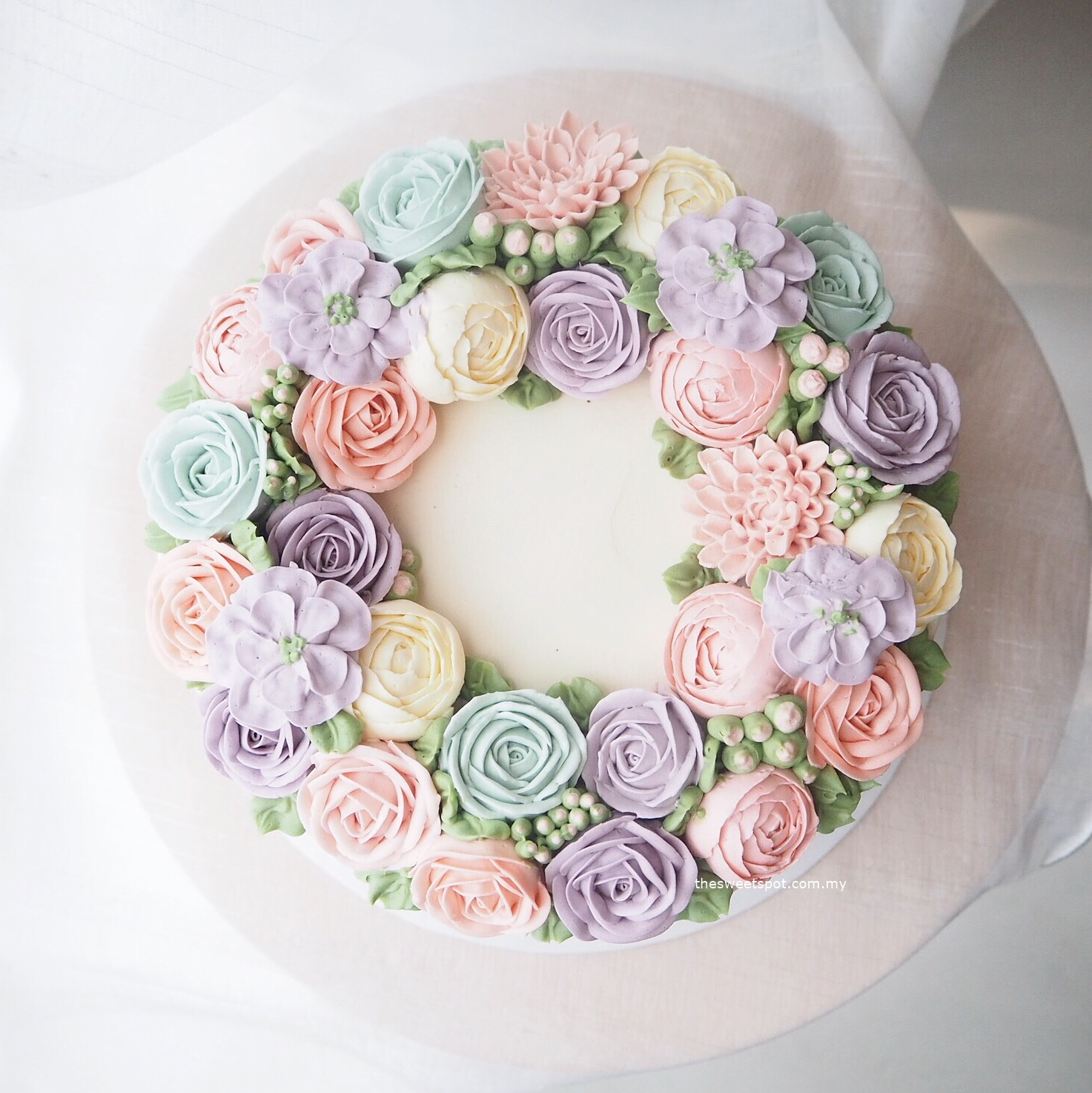 "8"" Bespoke buttercream flower cake"