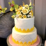malay-style-wedding-cake-yellow-thesweetspot