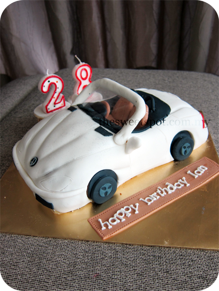 Cake With Fondant Cars : Fondant fun, one for every occasion   The Sweet Spot