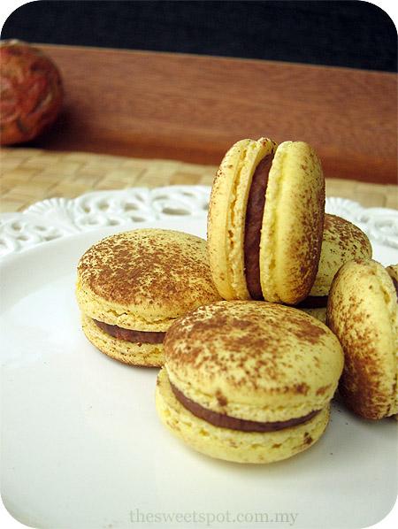 Pierre Herme's Ketchup Macarons (Ketchup Cookies) Recipe ...