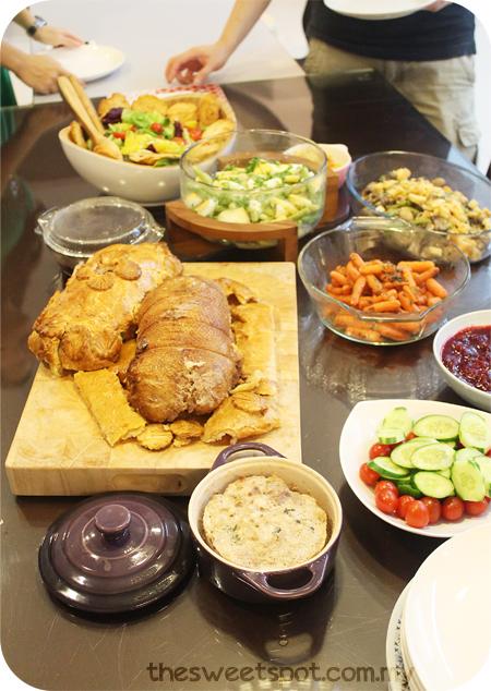 christmas table food