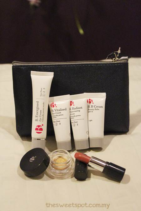 IS - B eye cream and bag