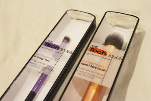 IS - real techniques brush