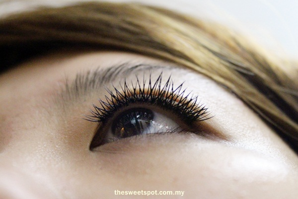 Pink passion eyelash extension