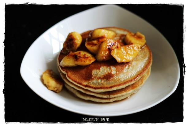 matcha hotcakes bananas