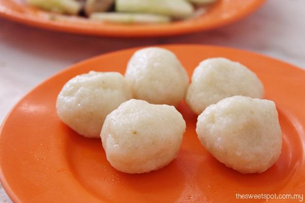 chung wah chicken rice ball melaka 2