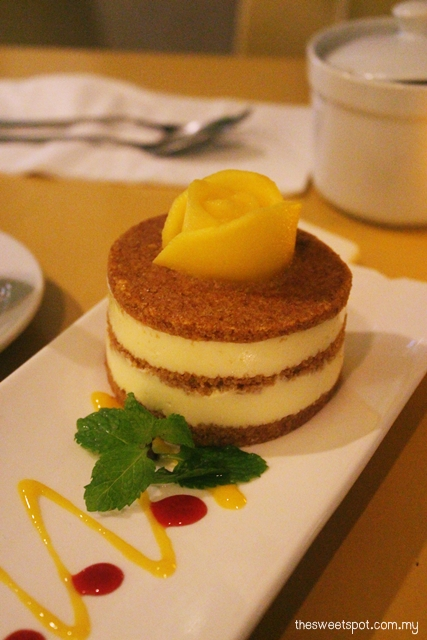 lemon i cafe mango cake