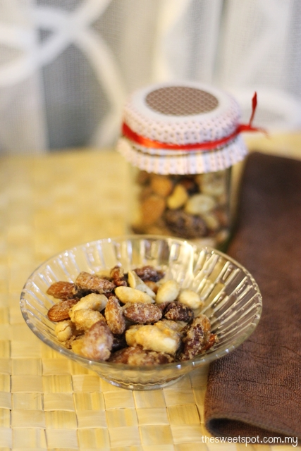 spice roast nuts fathers day gift