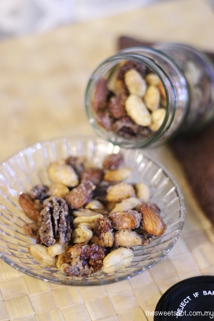 spice roast nuts world cup snack