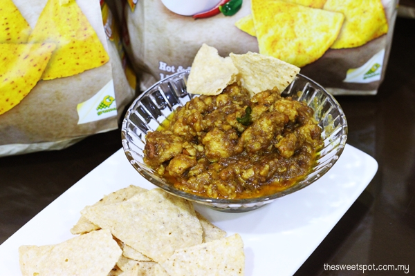 mission satay chicken dip