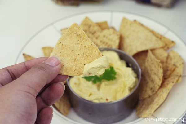 mission tortilla chips curried cream cheese dip worldcup