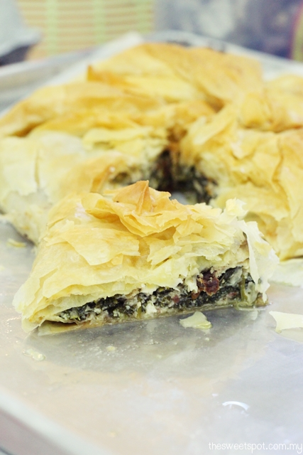spinach feta filo pie 2