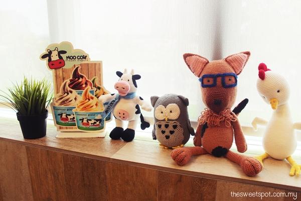 moo cow mascots