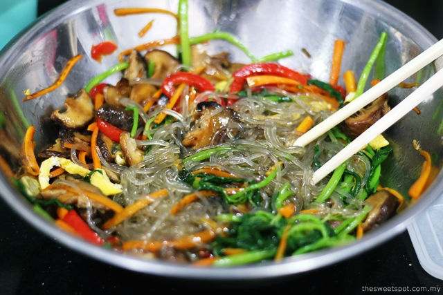 how to make korean japchae