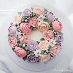 """6"""" Bespoke buttercream flower cake"""