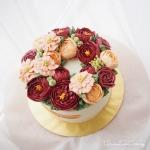 "6"" Bespoke Buttercream Flower Wreath"