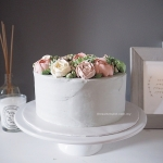 korean buttercream flower cake