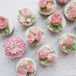 Pink tone buttercream cupcakes