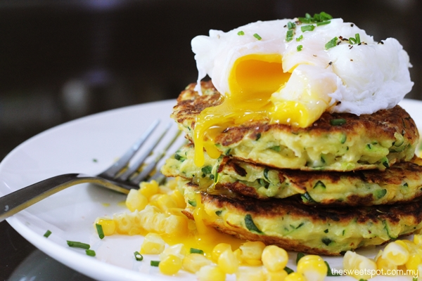 Zucchini fritters, poached egg